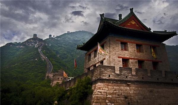 Vạn Lý Trường Thành là một trong những công trình kiến trúc vô cùng nổi tiếng của người Trung Quốc. (Ảnh: Internet)